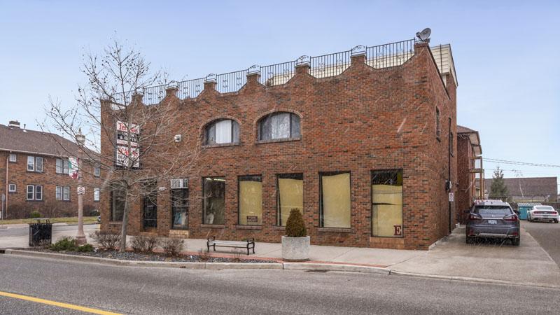 1100 Erie St E, Windsor, ON Home for Sale