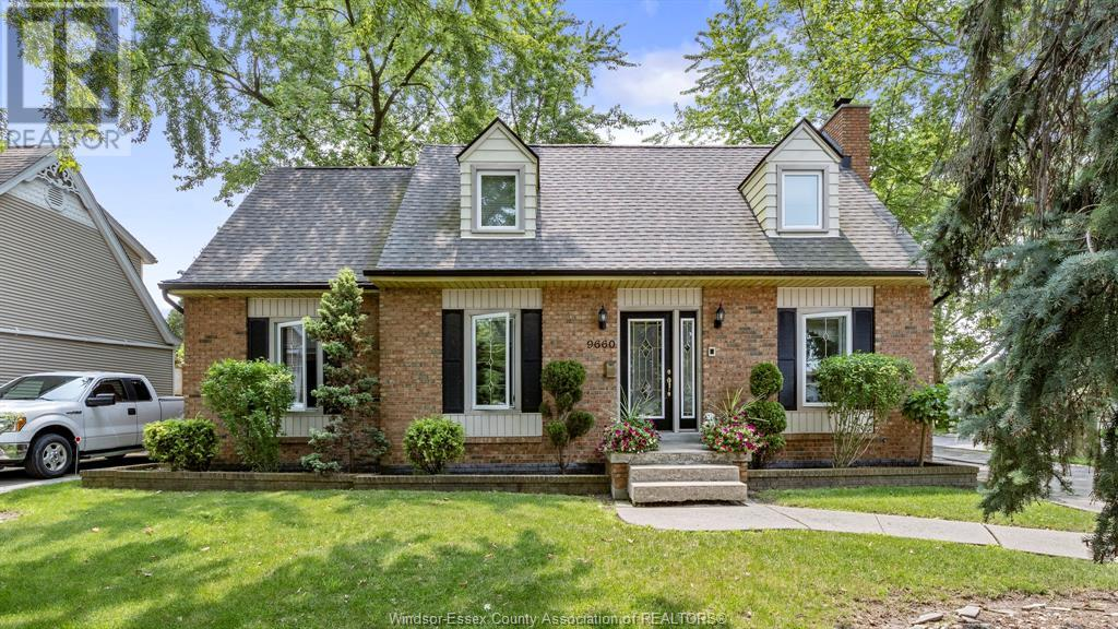 9660 Midfield - Windsor Home for Sale