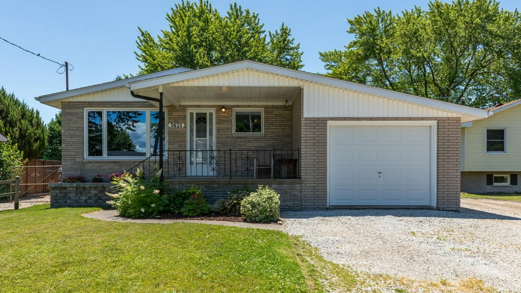 3625 St Clair Rd, - Stoney Point, ON Home for Sale